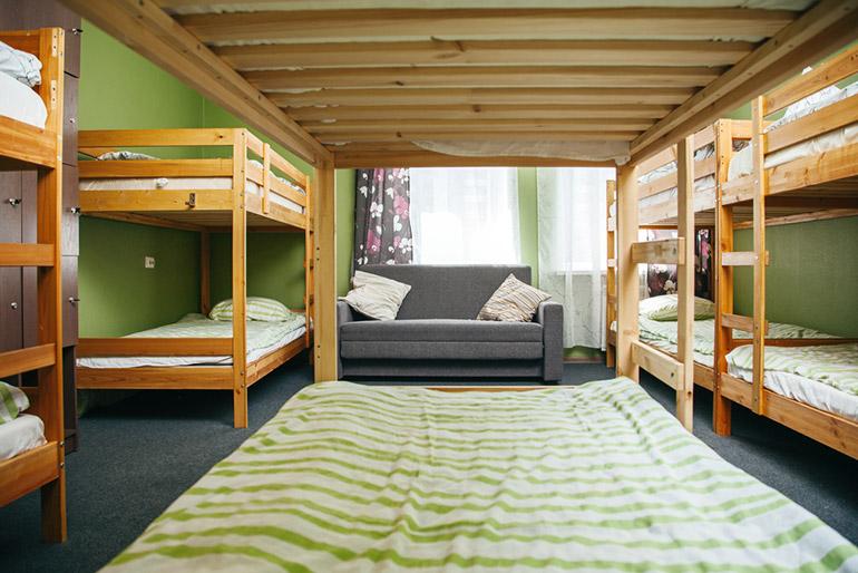 hostel bedden